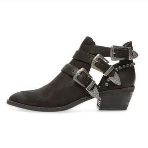 Dolce Vita Shoes - Dolce vita spur western triple buckle booties
